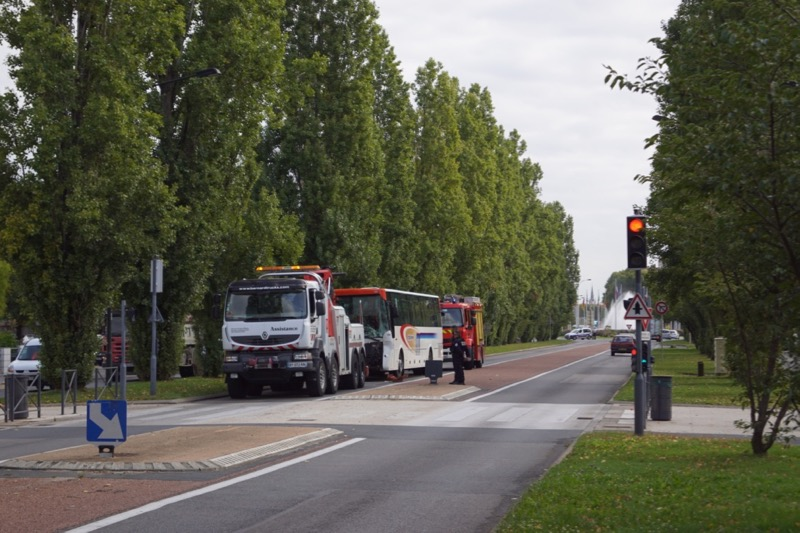 ACCIDENT BUS MACON 8SEPT - 7.jpg