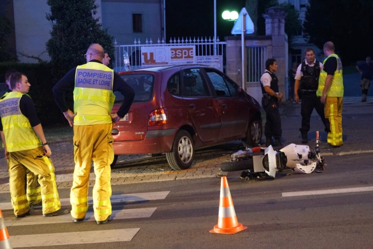 ACCIDENT FLACE SCOOTER VOITURE 17SEPT - 4.jpg
