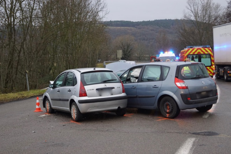 ACCIDENT LA ROCHE VINEUSE D17 - 1.jpg