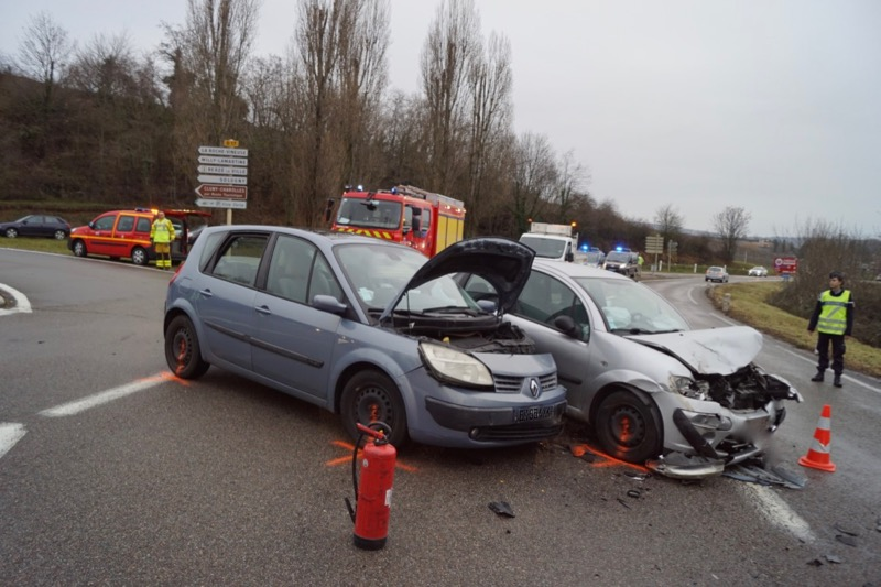 ACCIDENT LA ROCHE VINEUSE D17 - 3.jpg