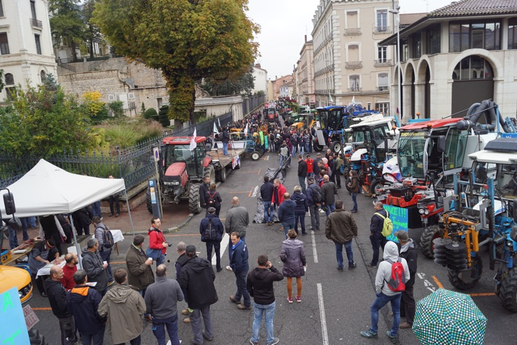 AGRICULTEURS COLERE MACON 22OCT 10.jpg