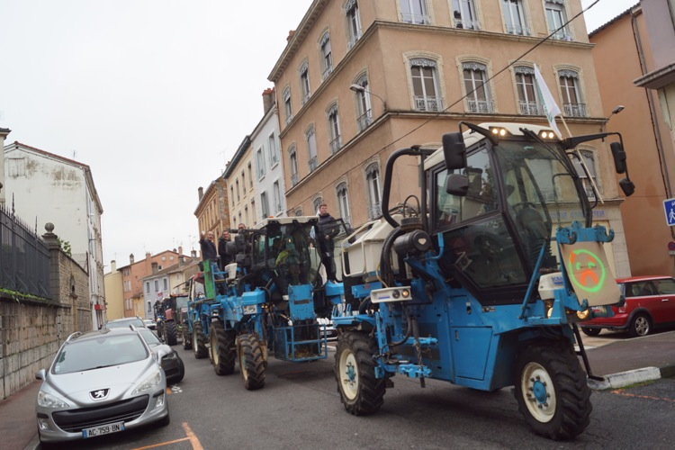 AGRICULTEURS COLERE MACON 22OCT 13.jpg