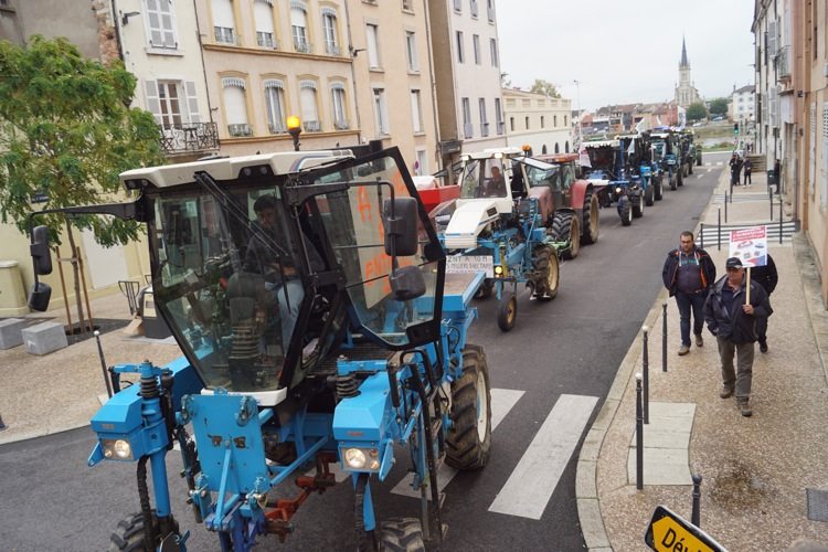 AGRICULTEURS COLERE MACON 22OCT 15.jpg