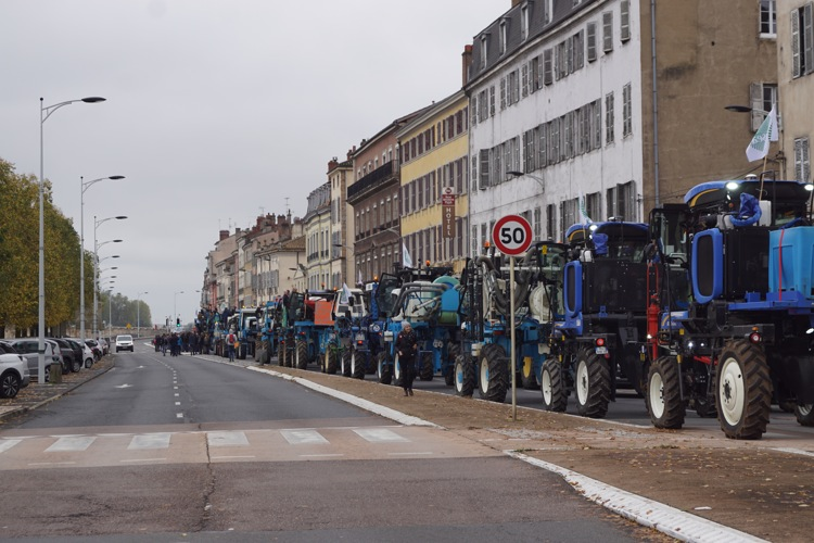 AGRICULTEURS COLERE MACON 22OCT 24.jpg
