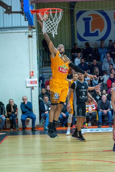 BASKET ES PRISSE MACON VS LYON01.jpg