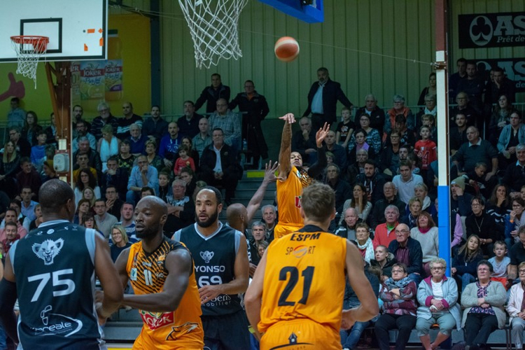 BASKET ES PRISSE MACON VS LYON10.jpg
