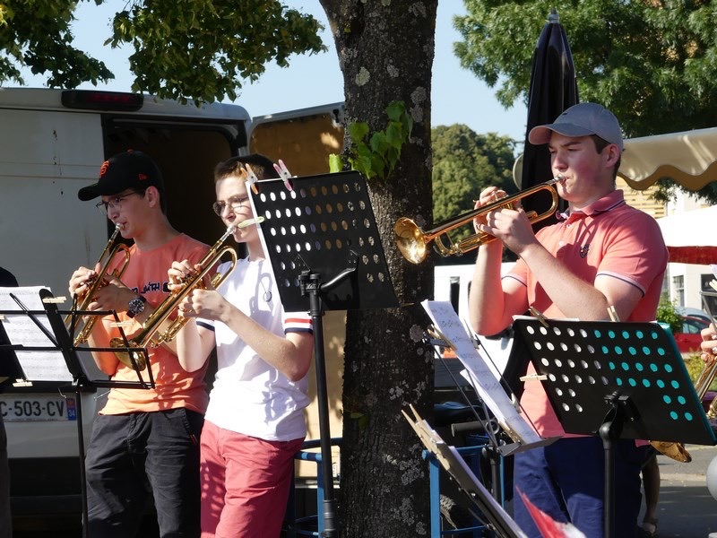 CONCERT ECOLE MUSIQUE CHARNAY 2606 - 31.jpg