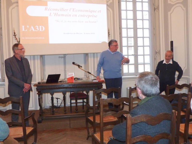 DIRIGEANT DURABLE ACADEMIE MACON - 2.jpg