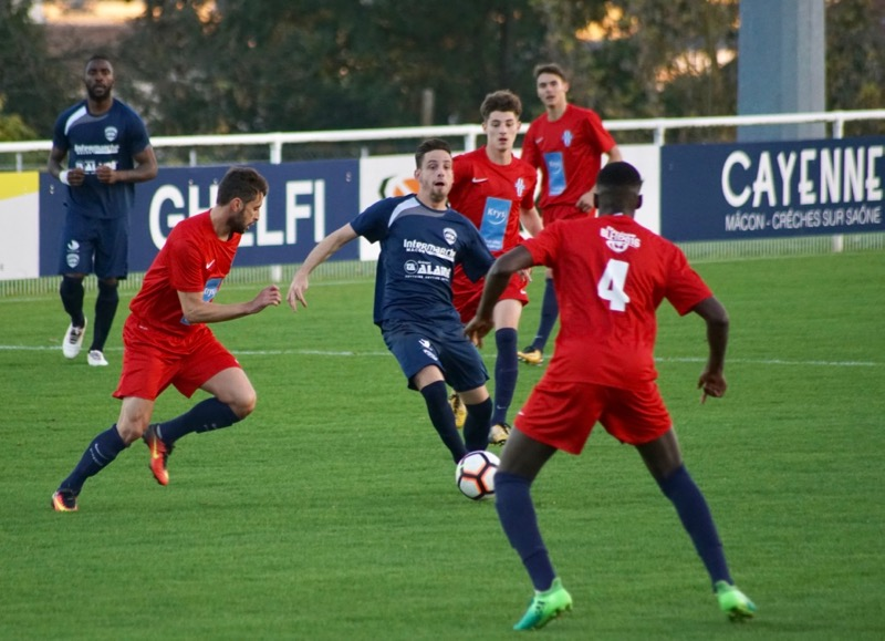 FOOT UFM VS US CHARITE - 2.jpg