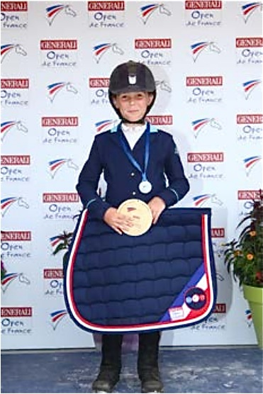 FRANCE EQUITATION JADE UCHIZY1.jpg