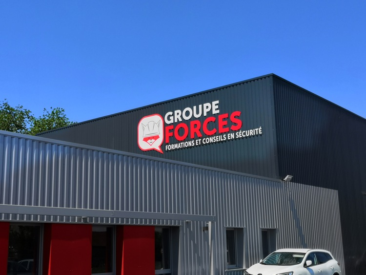 GROUPE FORCES CQP MACON7.jpg