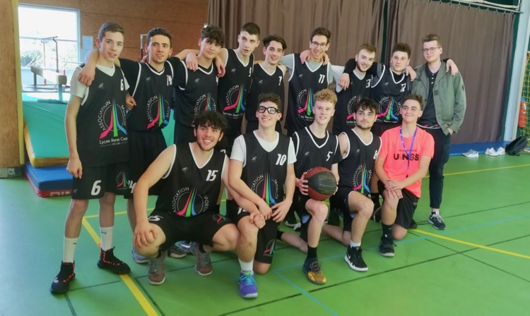 LYCEE CASSIN MACON BASKET CHAMPION - 1.jpg