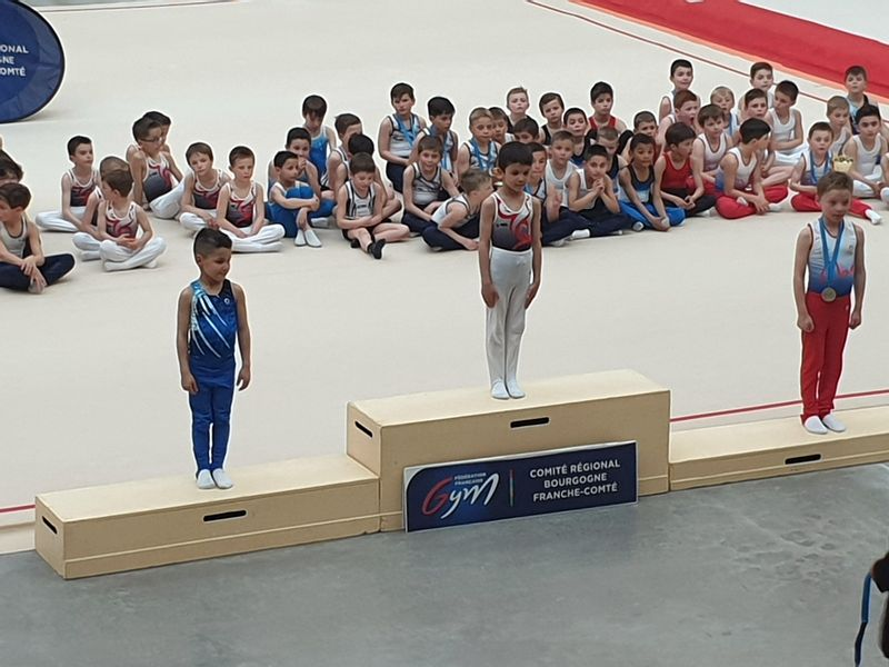 MACON GYM _ QUALIFICATIONS CHAMPIONNAT FRANCE_09.jpg