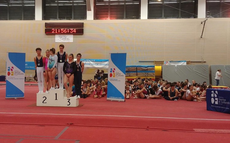 MACON gymnastique macon sports.jpg