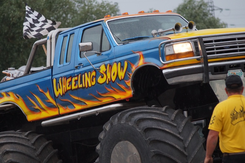 MONSTERTRUCKSMACON91.jpg