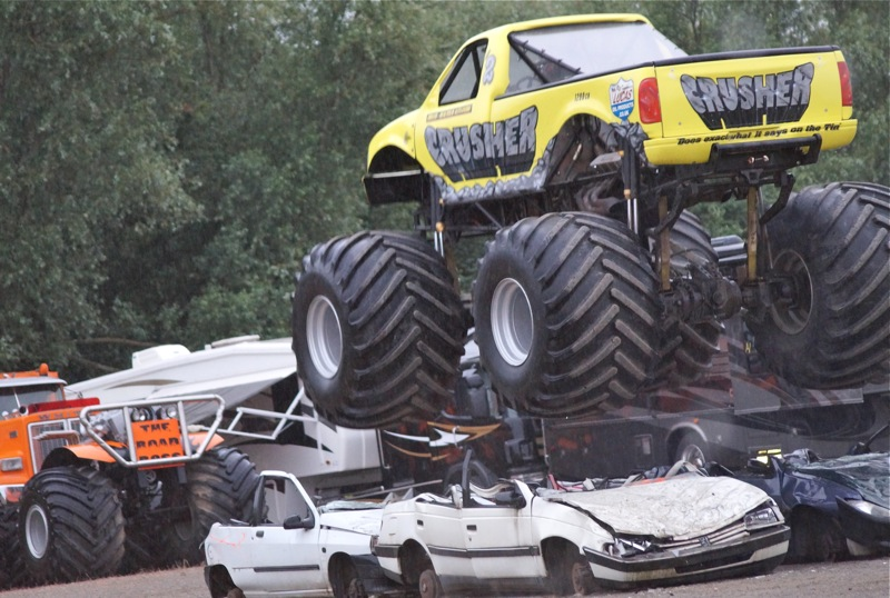 MONSTERTRUCKSMACON997.jpg