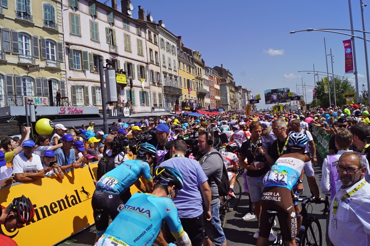TOUR DE FRANCE 2019 MACON ALB602.jpg