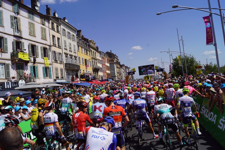 TOUR DE FRANCE 2019 MACON ALB605.jpg