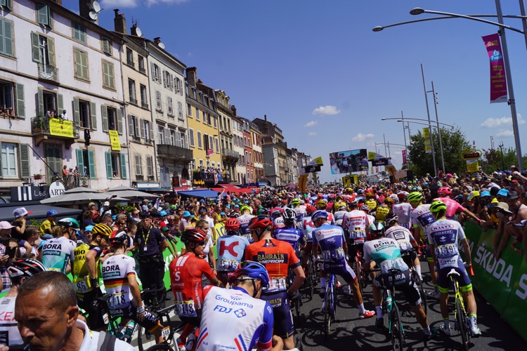 TOUR DE FRANCE 2019 MACON ALB606.jpg