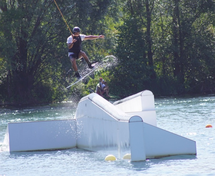 WAKEBOARD BACKTOSCHOOL JAM TOTEM WAKE PARK CRECHES - 1.jpg