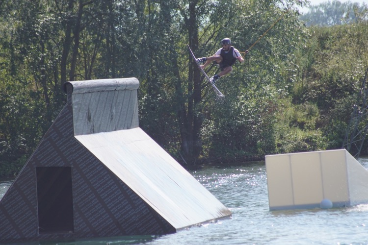 WAKEBOARD BACKTOSCHOOL JAM TOTEM WAKE PARK CRECHES - 2.jpg