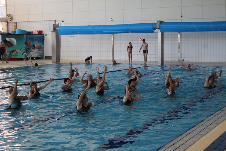 aquagym piscine Mâcon (23).JPG
