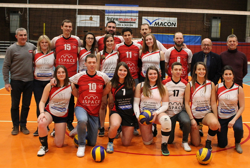 remise maillots volley VCM (18).JPG