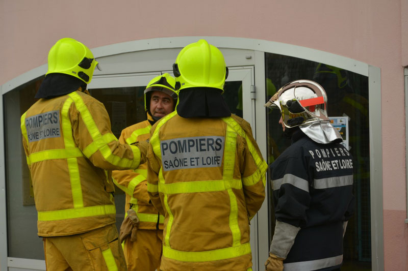 stage-pompiers-creches2.jpg