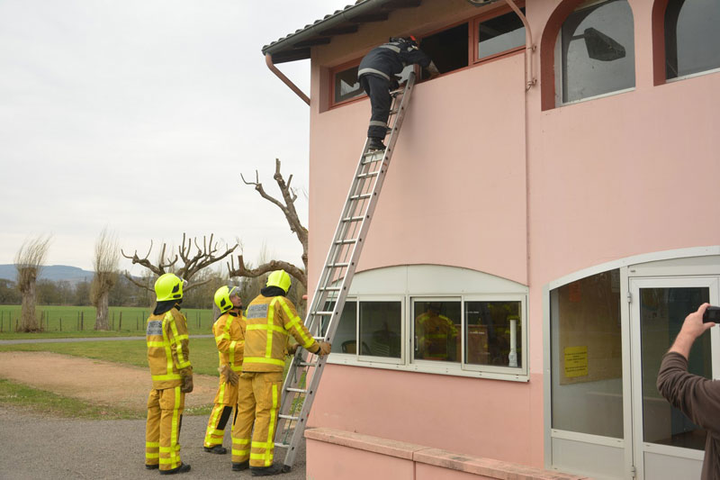 stage-pompiers-creches5.jpg