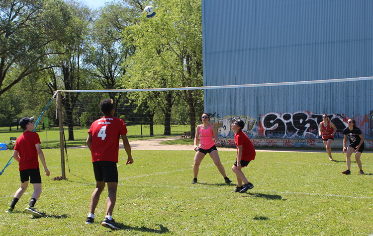 tournoi volley herbe VC Mâcon (17).JPG
