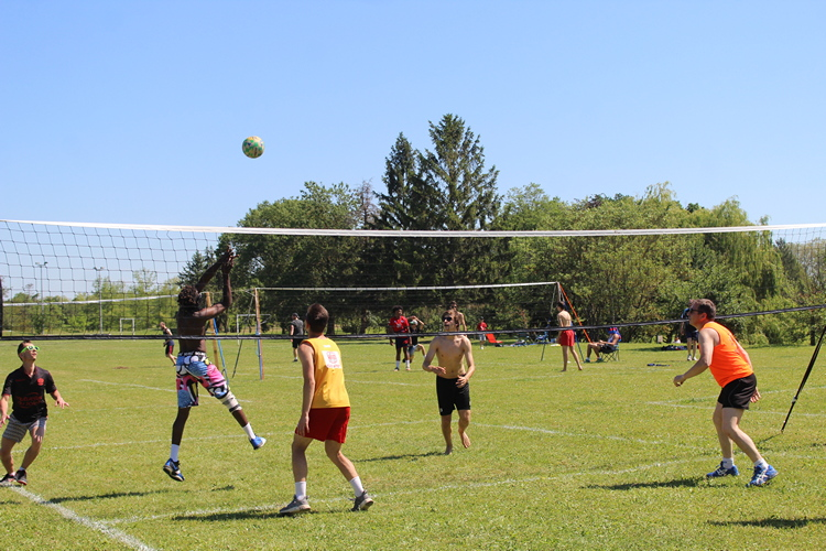 tournoi volley herbe VC Mâcon (25).JPG