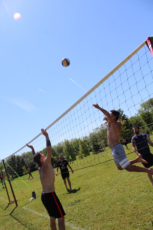 tournoi volley herbe VC Mâcon (73).JPG