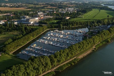 port Mâcon plaisance.jpg